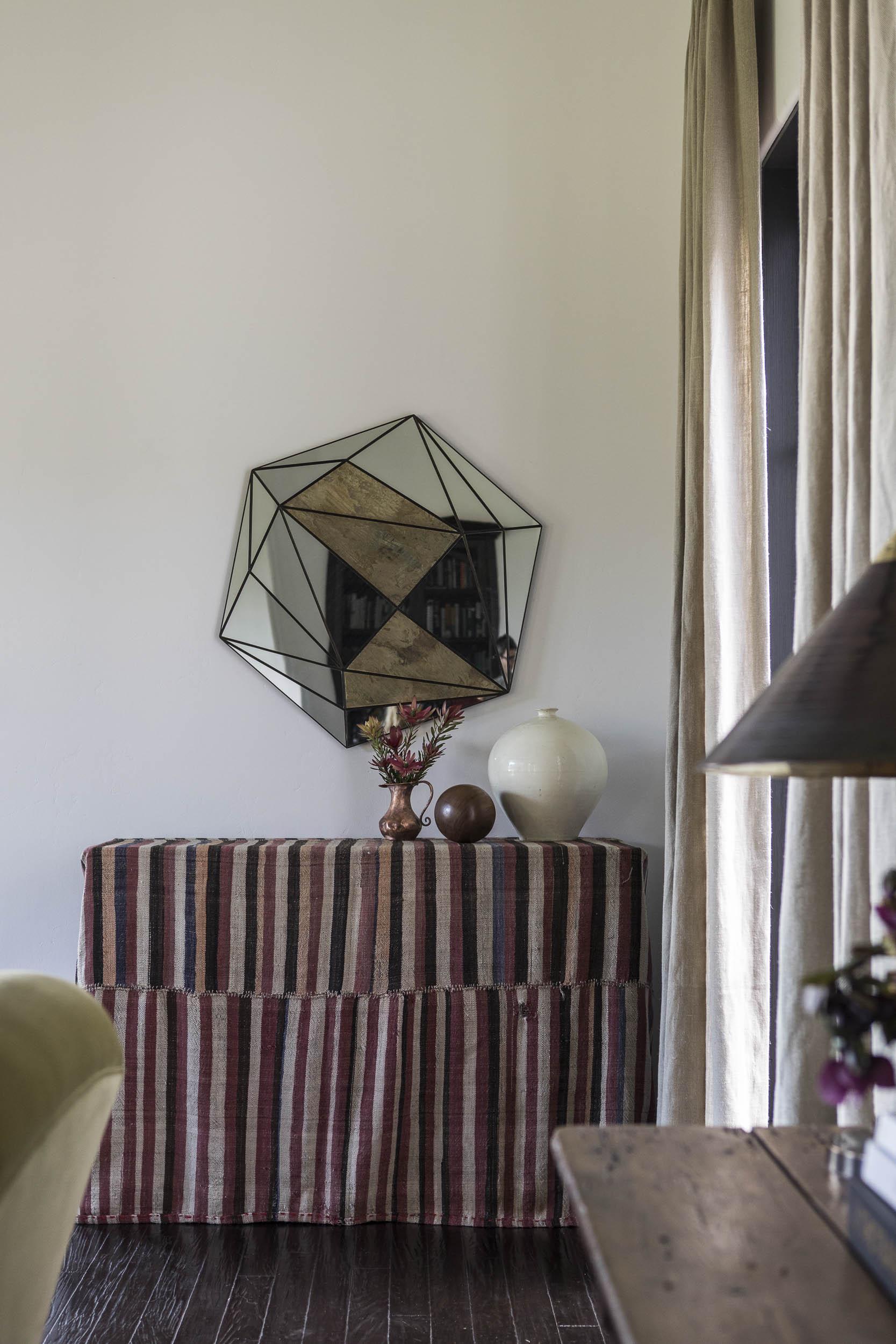 Living Room JOLIET-Reath-DellOak_Final-1749_crop_WEBREADY.jpg