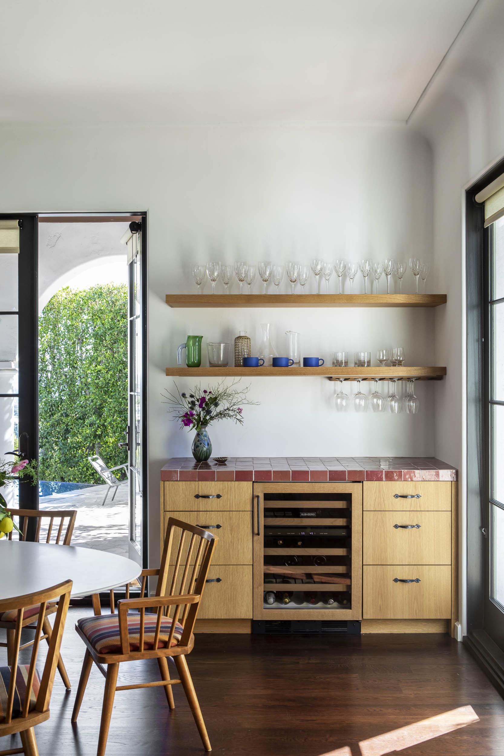 Kitchen Joliet-DellOak-Final-1492_WEBREADY.jpg