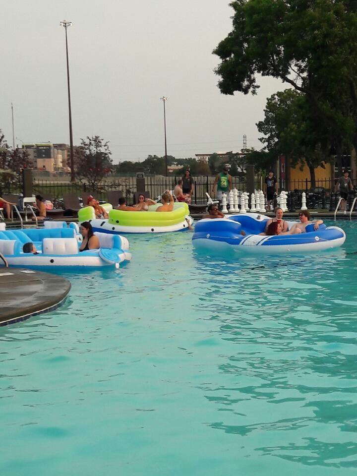 pool party2.jpg