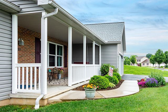 We love showing off the beauty and charm of a property.
