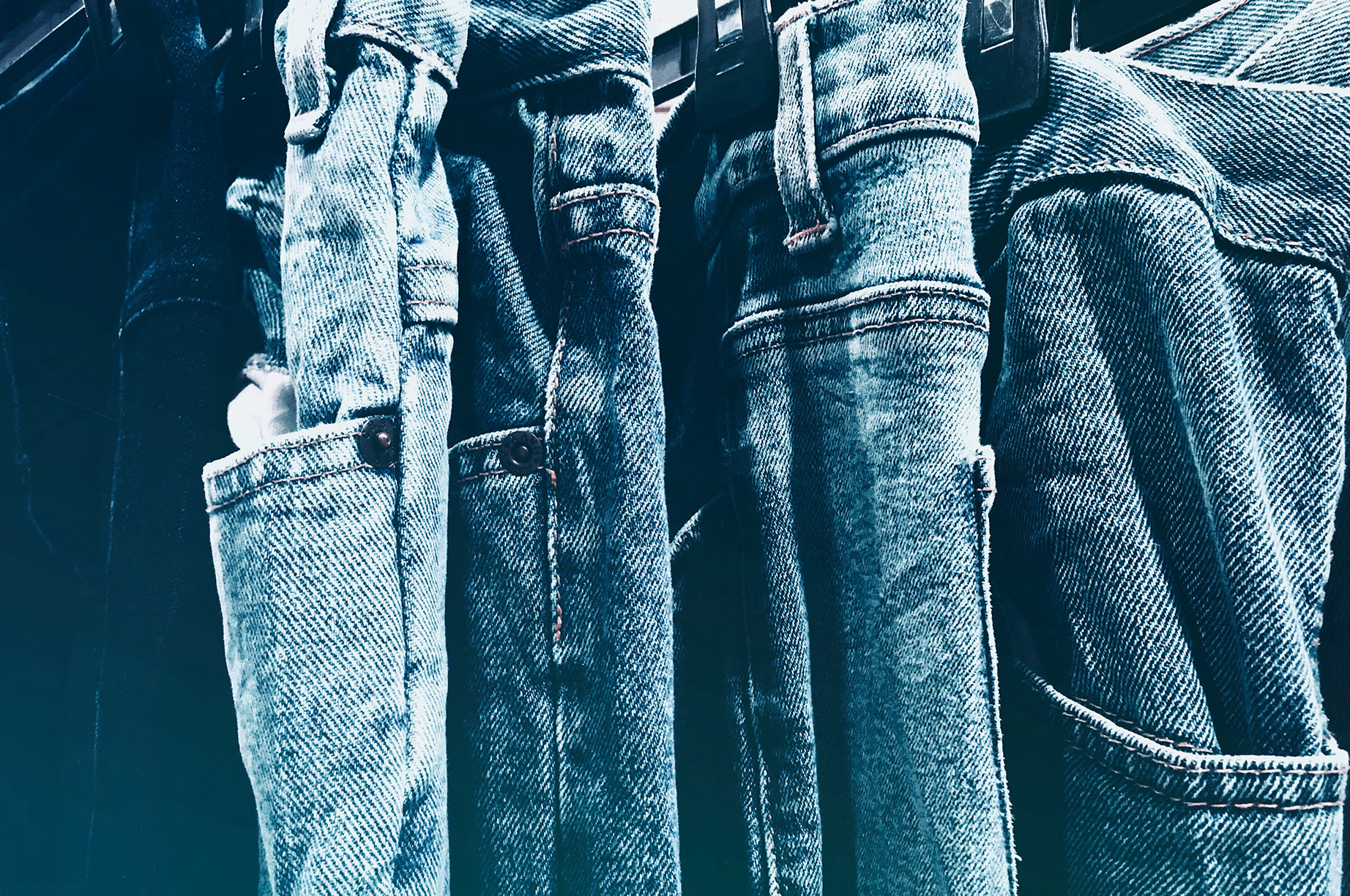 IT'S GOOD TO CARE - All jeans benefit from regular washing! Anyone that tells you otherwise is selling a lifestyle. We require all garments be washed before we can work on them. There are plenty of half truths and mythology online about washing your jeans so we've put together these loose guidelines.