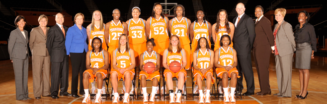 2010-11-wbb-team.jpg