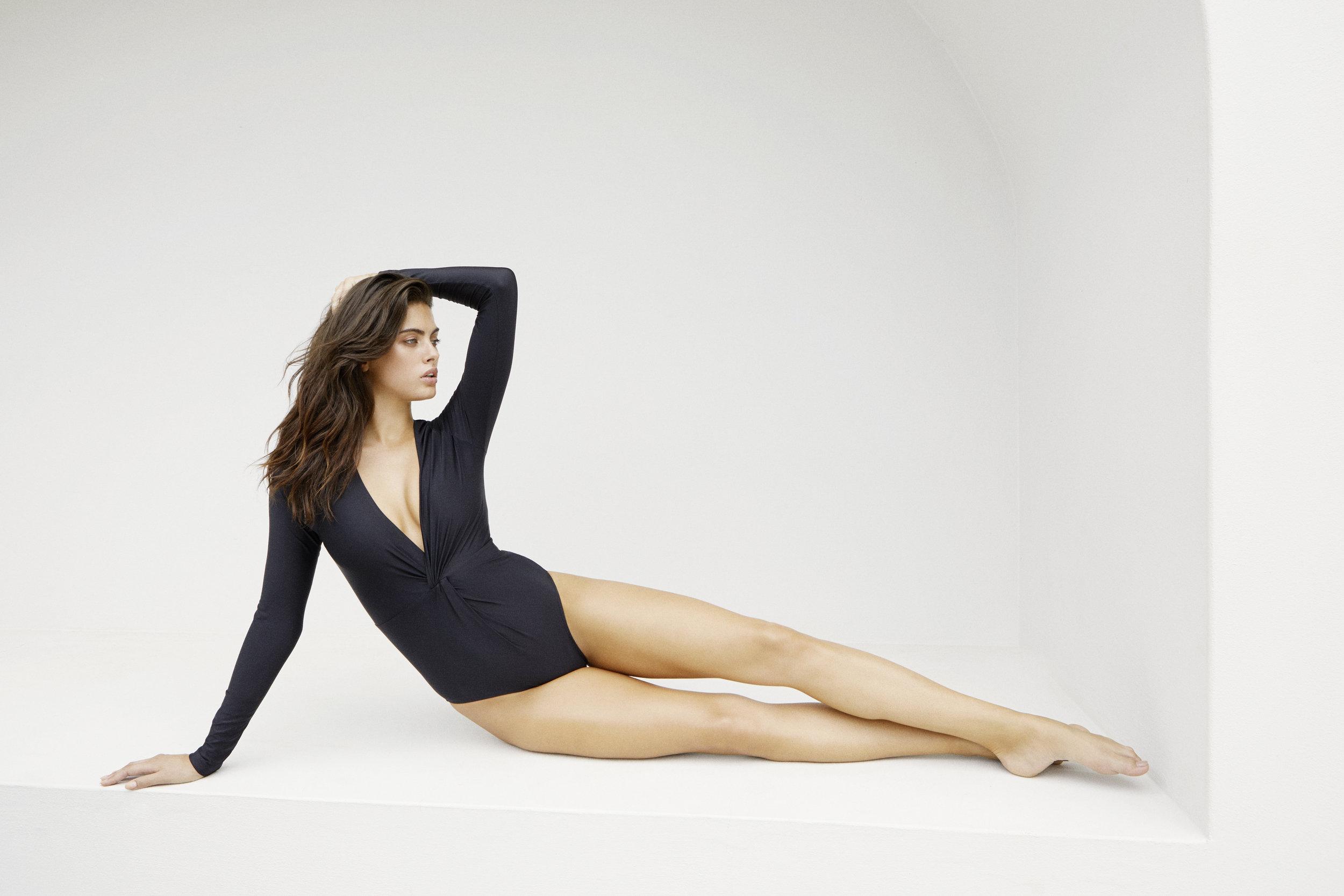 Twist Sexie Rashie BLACK - $195 AUD
