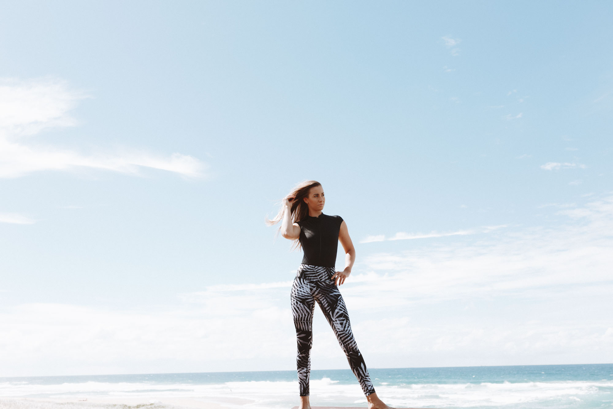 High Waisted, Sculpting and Detailed Panelling Design - The Original Hybrid Leggings feature a flattering high waist with ultra-sculpting power-mesh technology. The fabric is also highly durable out of the water and is squat and see-through tested (so no gym mishaps here!)