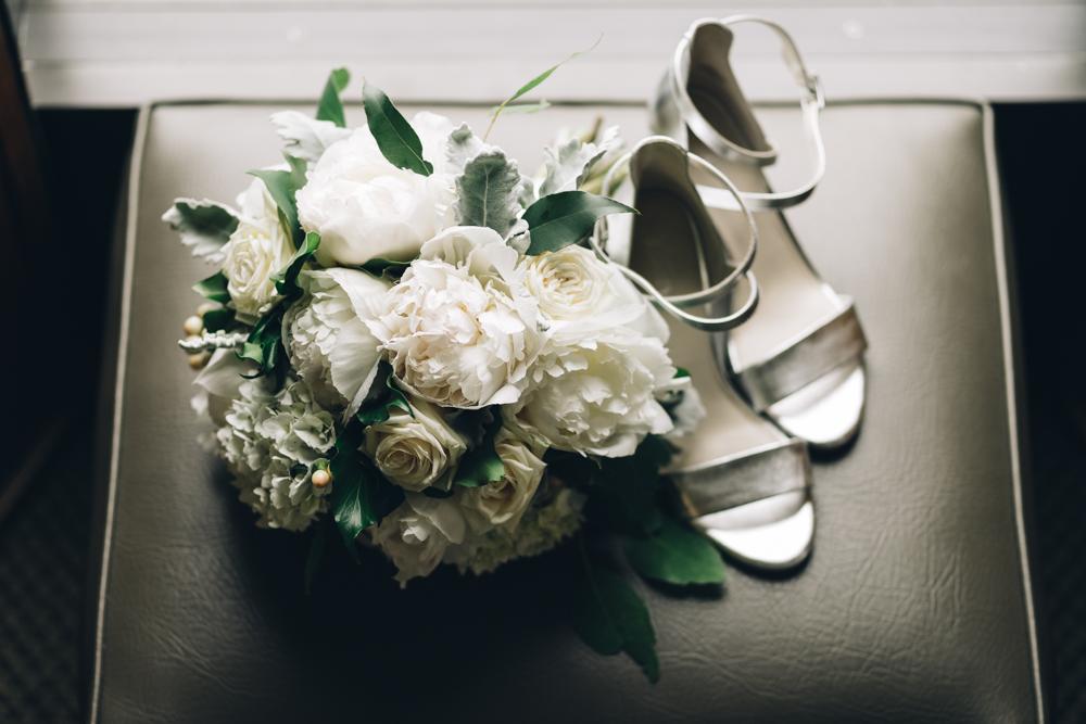 4.Danielle+James_Urban-Wedding-30.jpg
