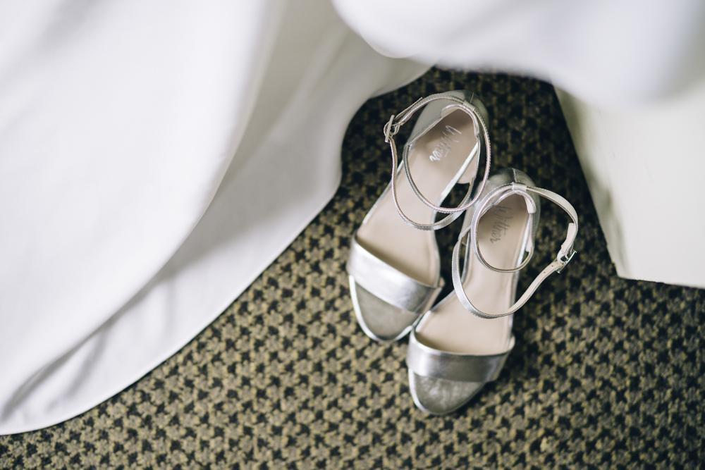 4.Danielle+James_Urban-Wedding-43.jpg