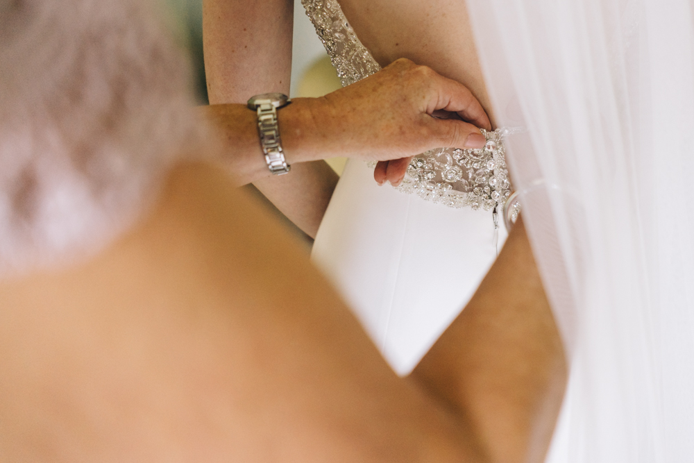 4.Danielle+James_Urban-Wedding-48.jpg