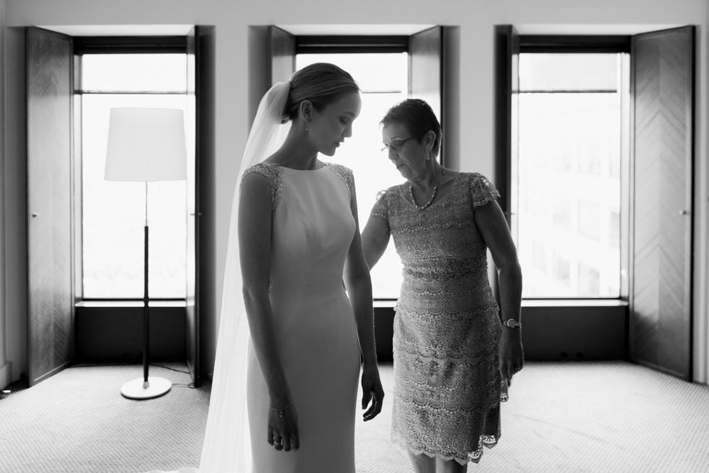 4.Danielle+James_Urban-Wedding-49.jpg