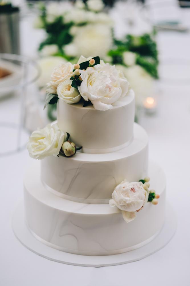 4.Danielle+James_Urban-Wedding-118.jpg