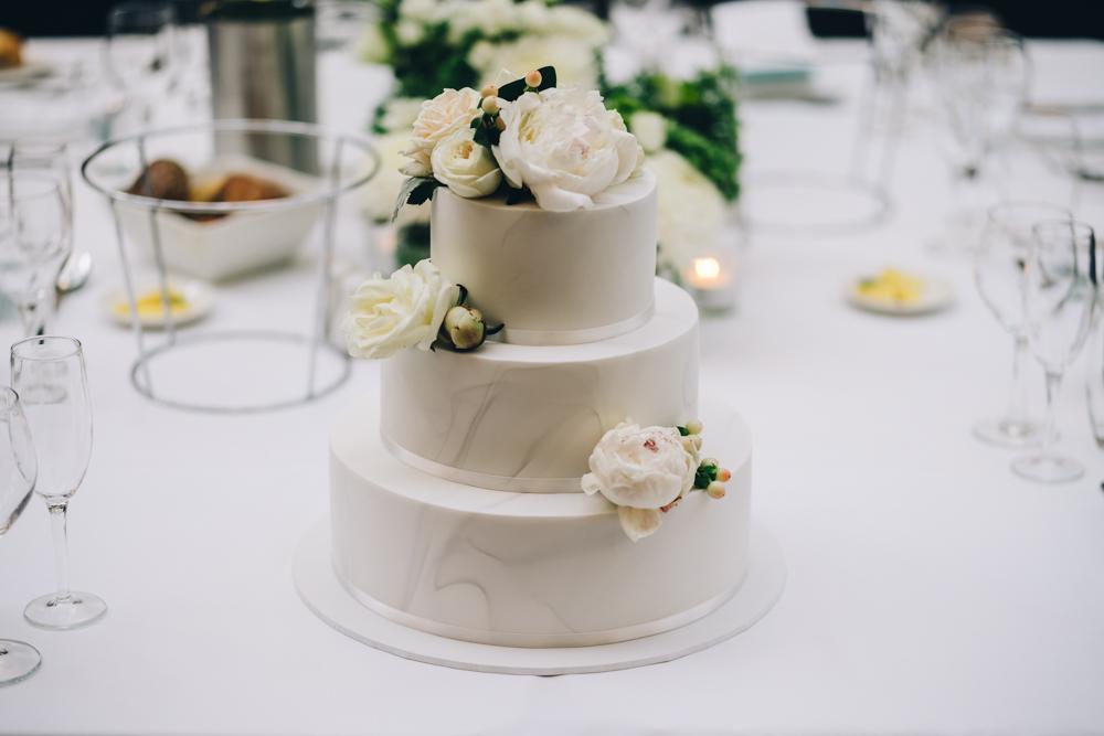 4.Danielle+James_Urban-Wedding-119.jpg