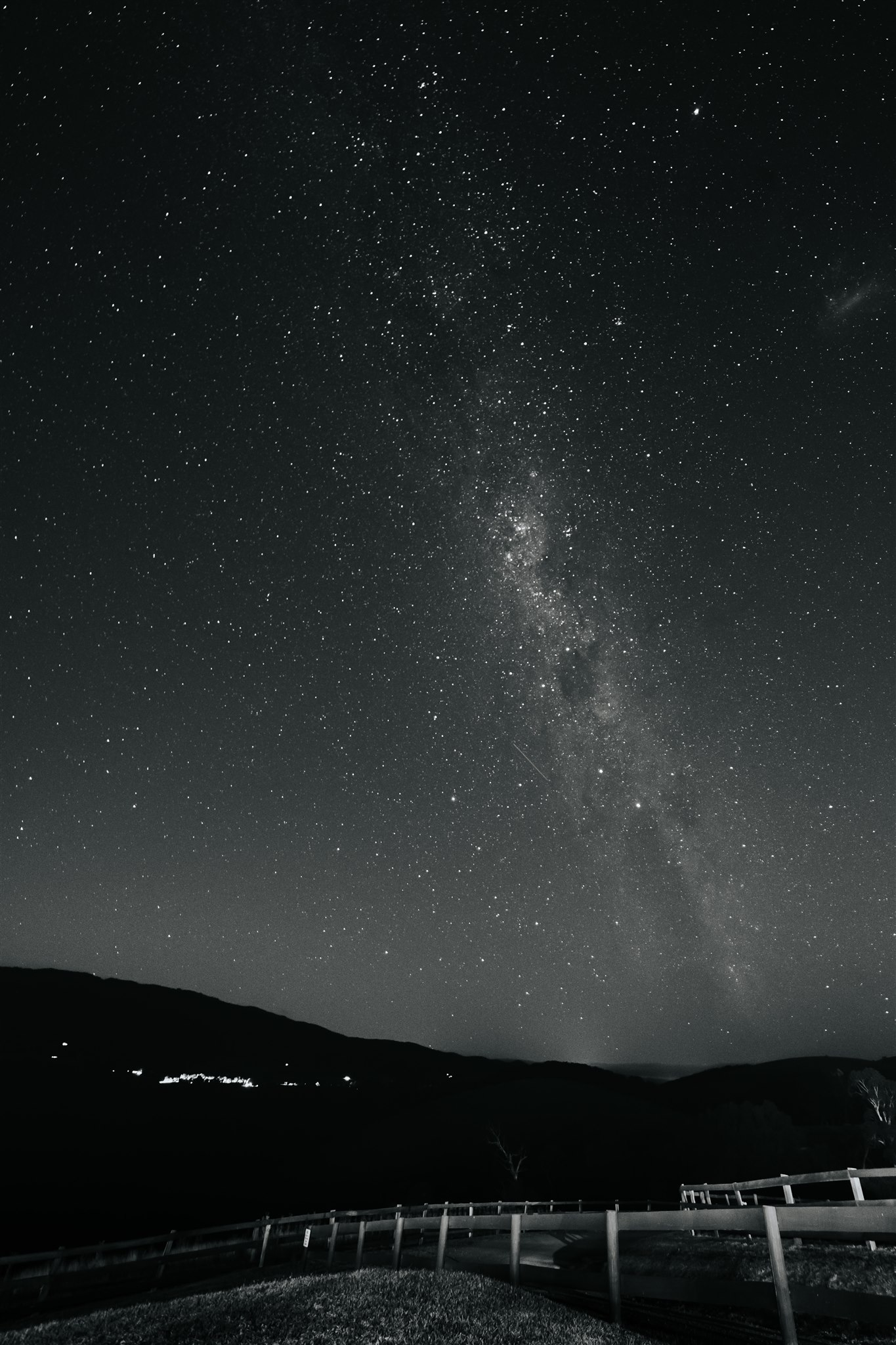 KATE+PAT-NIGHT-PORTRAITS-92.jpg