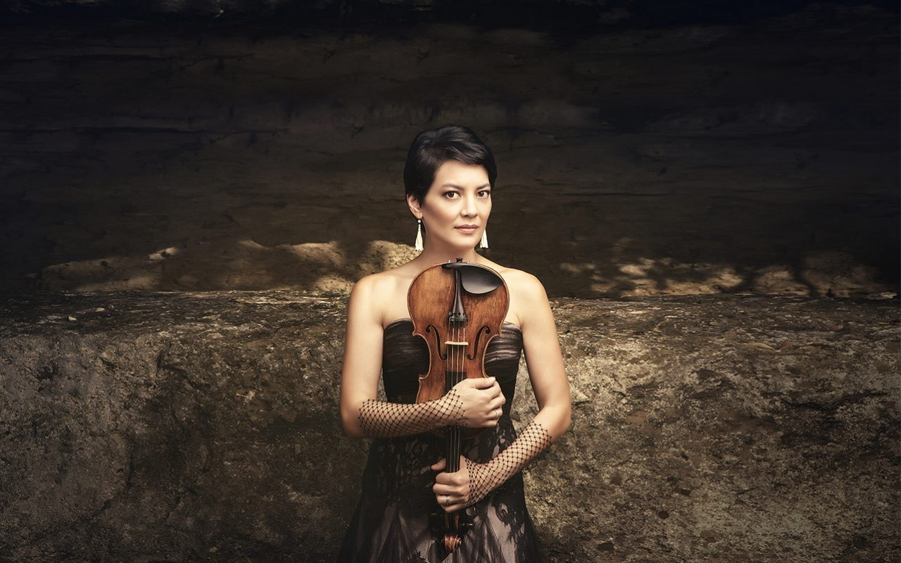 Anne-Akiko-Meyers-1.jpg