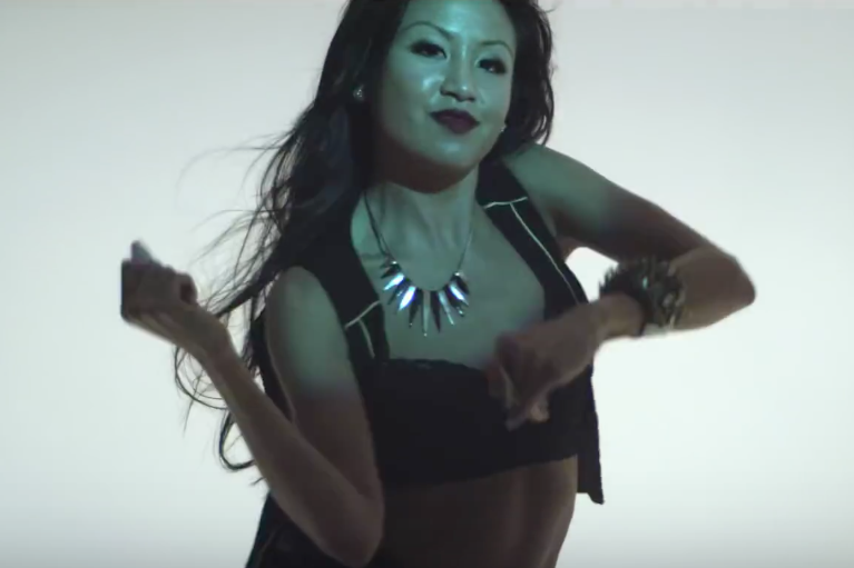 2. Lynhthy - Sean Paul Bless Di Nation (Music Video) 2.png