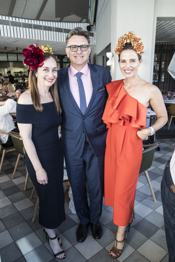 "BISTRO MONCUR'S ""FASHIONS ON THE FIELD"" WINNERS"