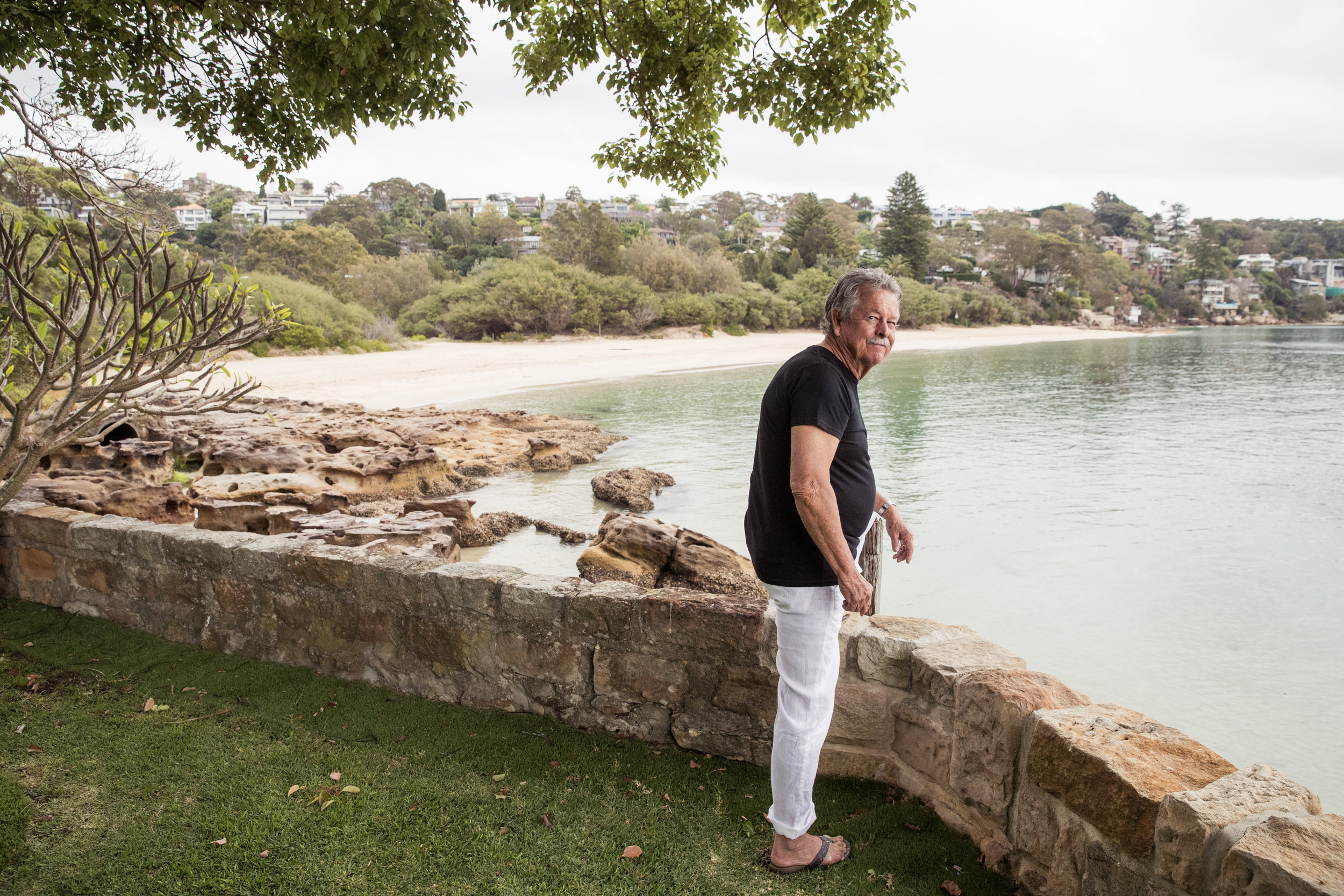 """Ken Done on the front lawn of his beach house """"The Cabin"""", at Chinamans Beach.  IMAGE: Graham Monro/  gmphotographics"""