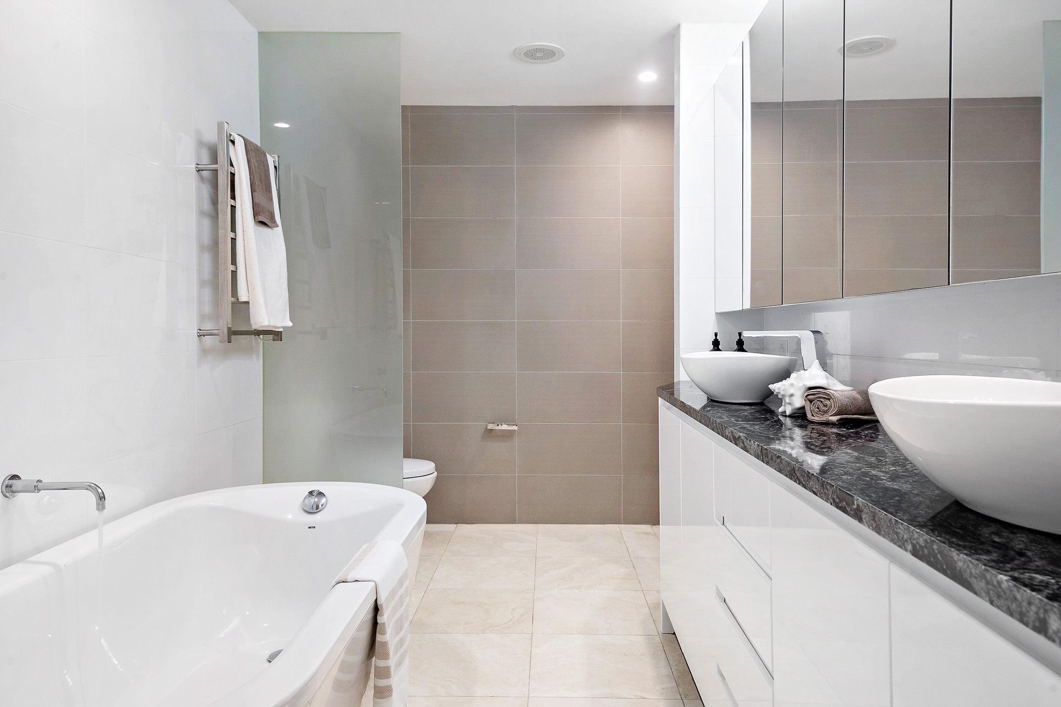 1.44-stanton-rd-mosman-bathroom-low.jpg