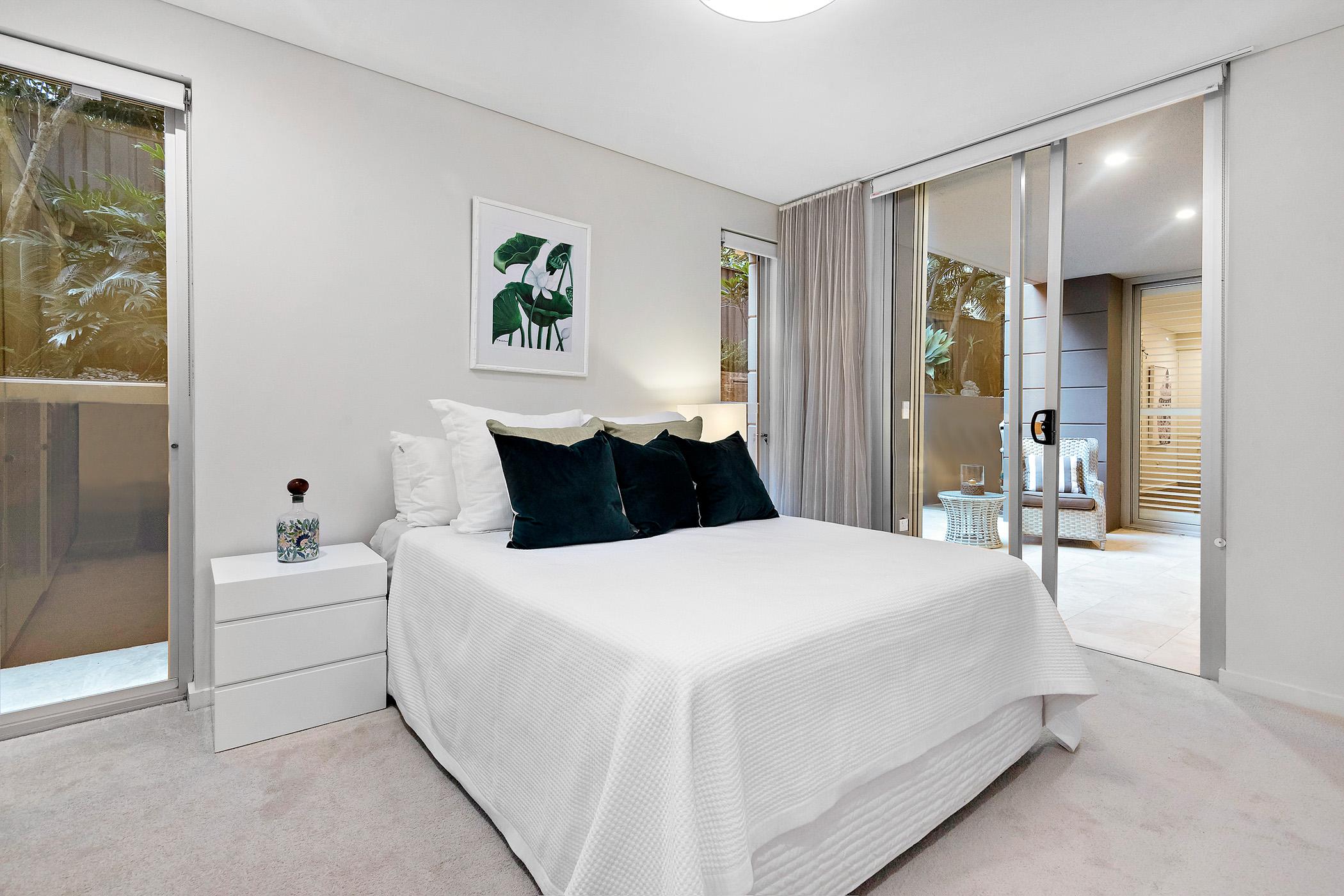 1.44-stanton-rd-mosman-bedroom2-low.jpg