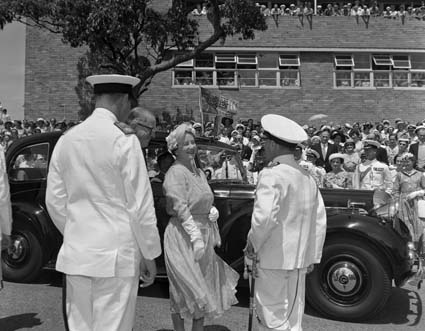 HRH Queen Mother in Mosman in 1956. Image: Mosman Library.
