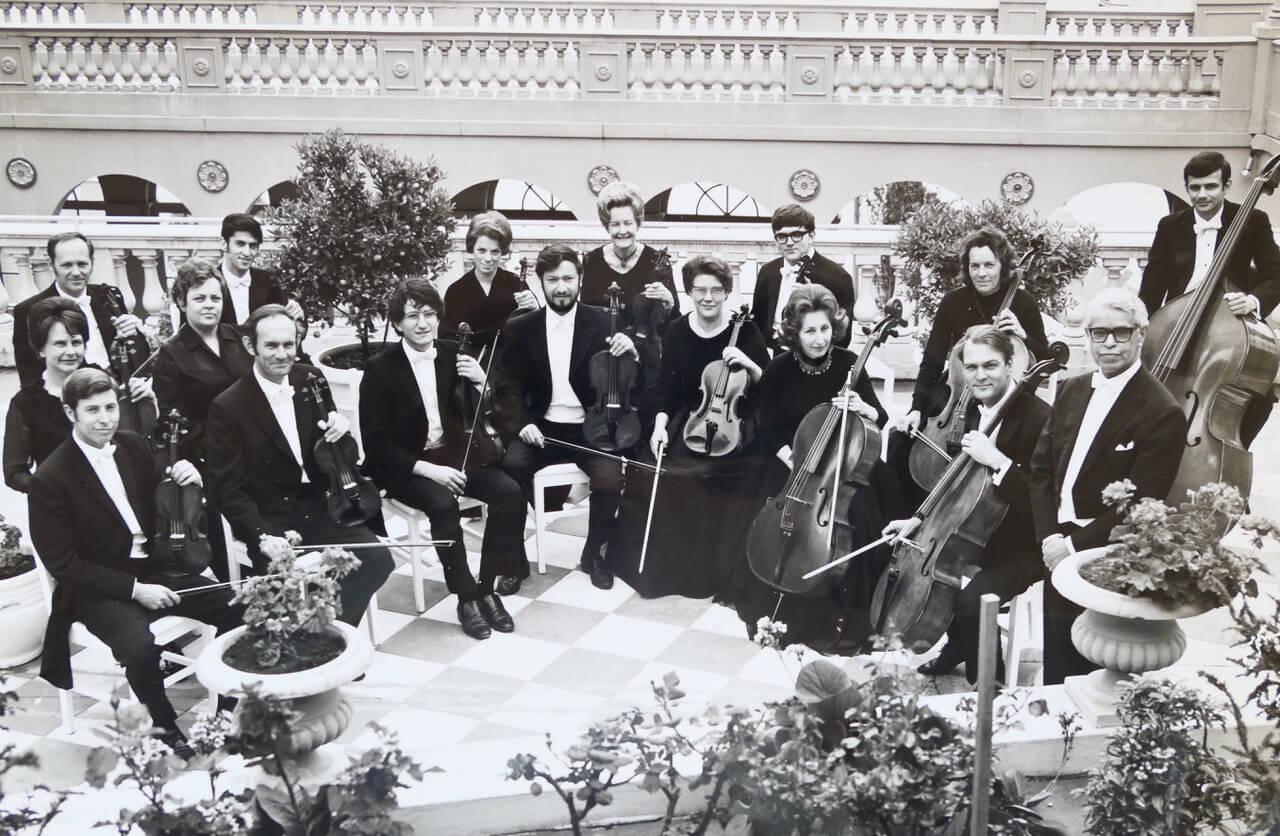 The Robert Pikler Chamber Orchestra 2.jpeg