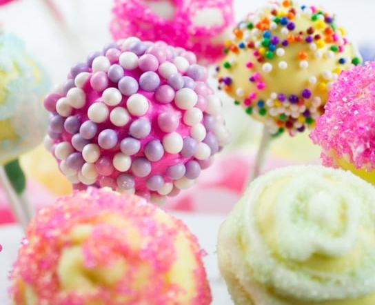 CUPCAKE CLASSES - Date: Wed Oct 10 – 1pm or 3pmThu Oct 11 – 1pm or 3pmLocation: The Classic Cupcake Co.Age: 7-15Cost: $60 per sessionwww.theccc.com.au