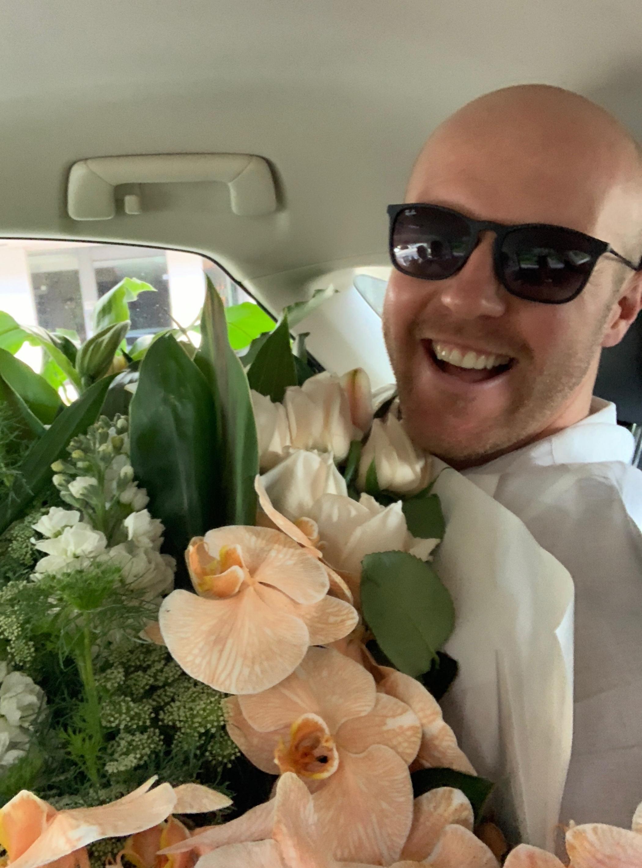 What a bunch of blooms! Matt de Groot en-route to Taronga.