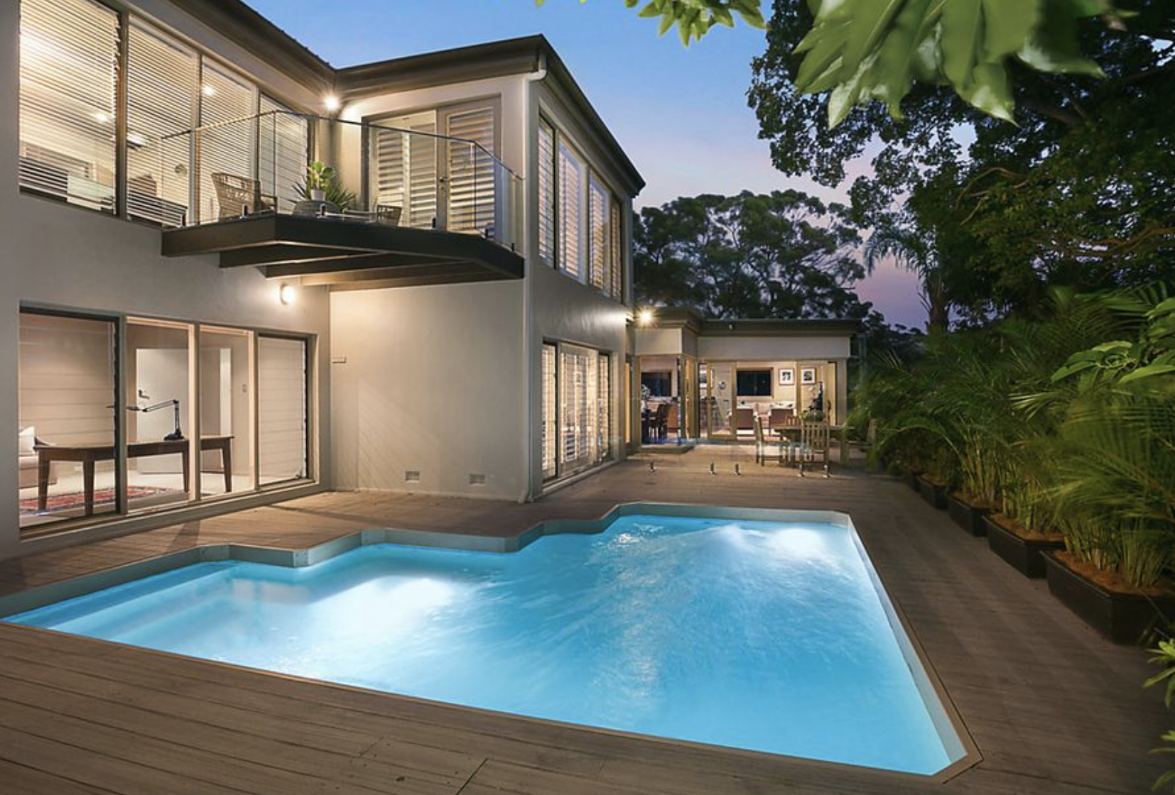 11 Mulbring St, Mosman sold above the $3.75m price guide.