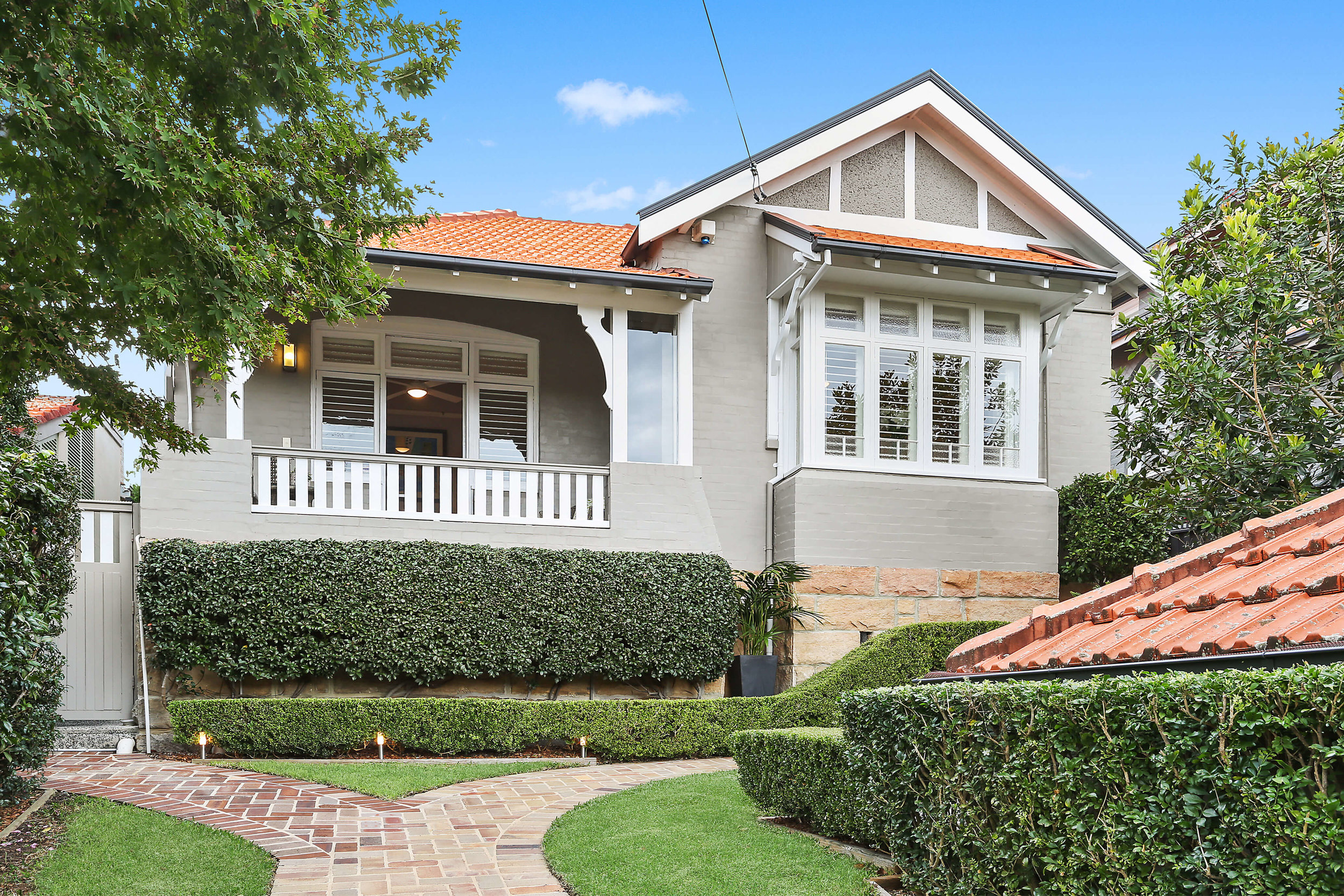 41 Countess St. Sold prior to auction for $3.35m in May 2019.