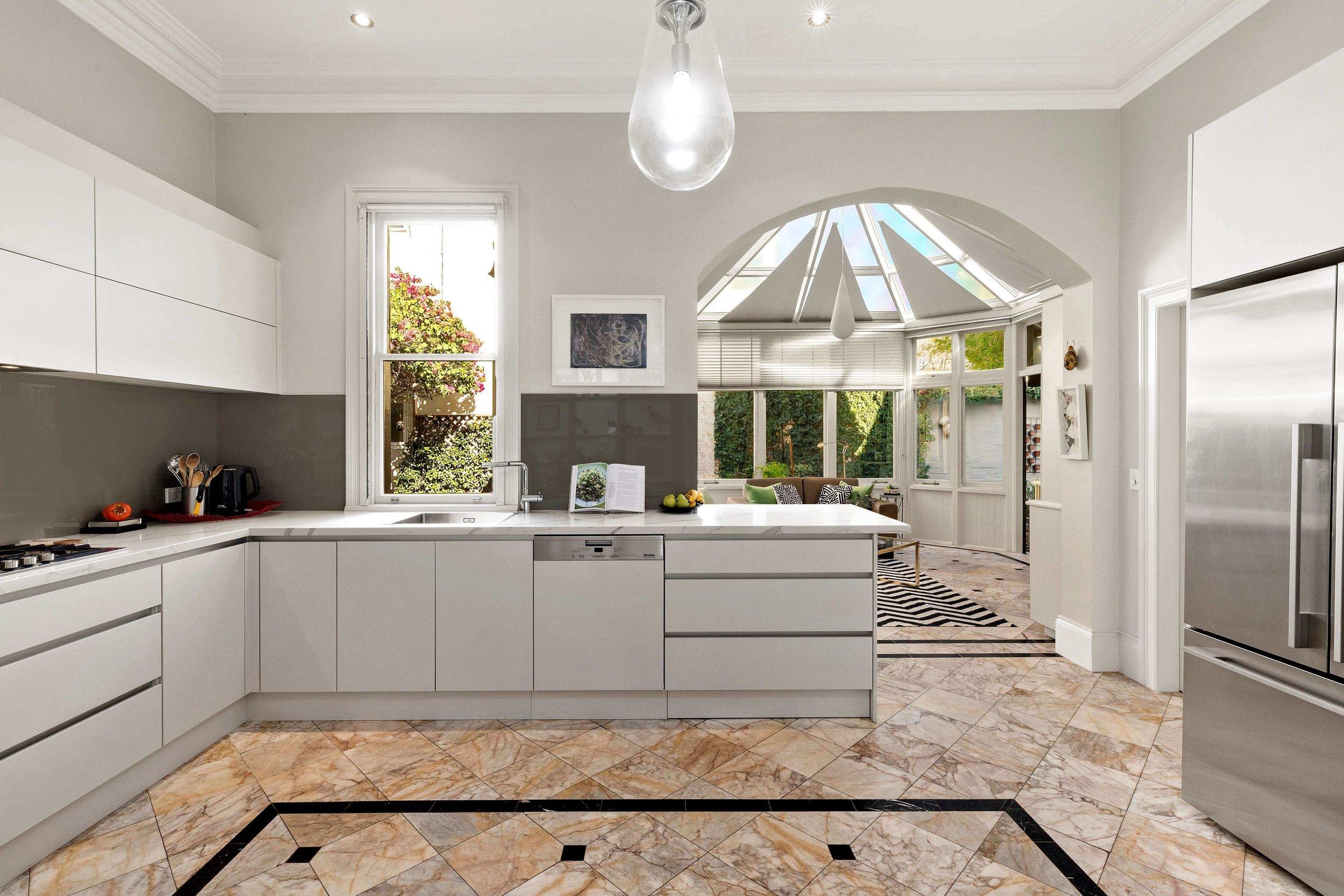124-wycombe-neutral bay-kitchen-hi.jpg