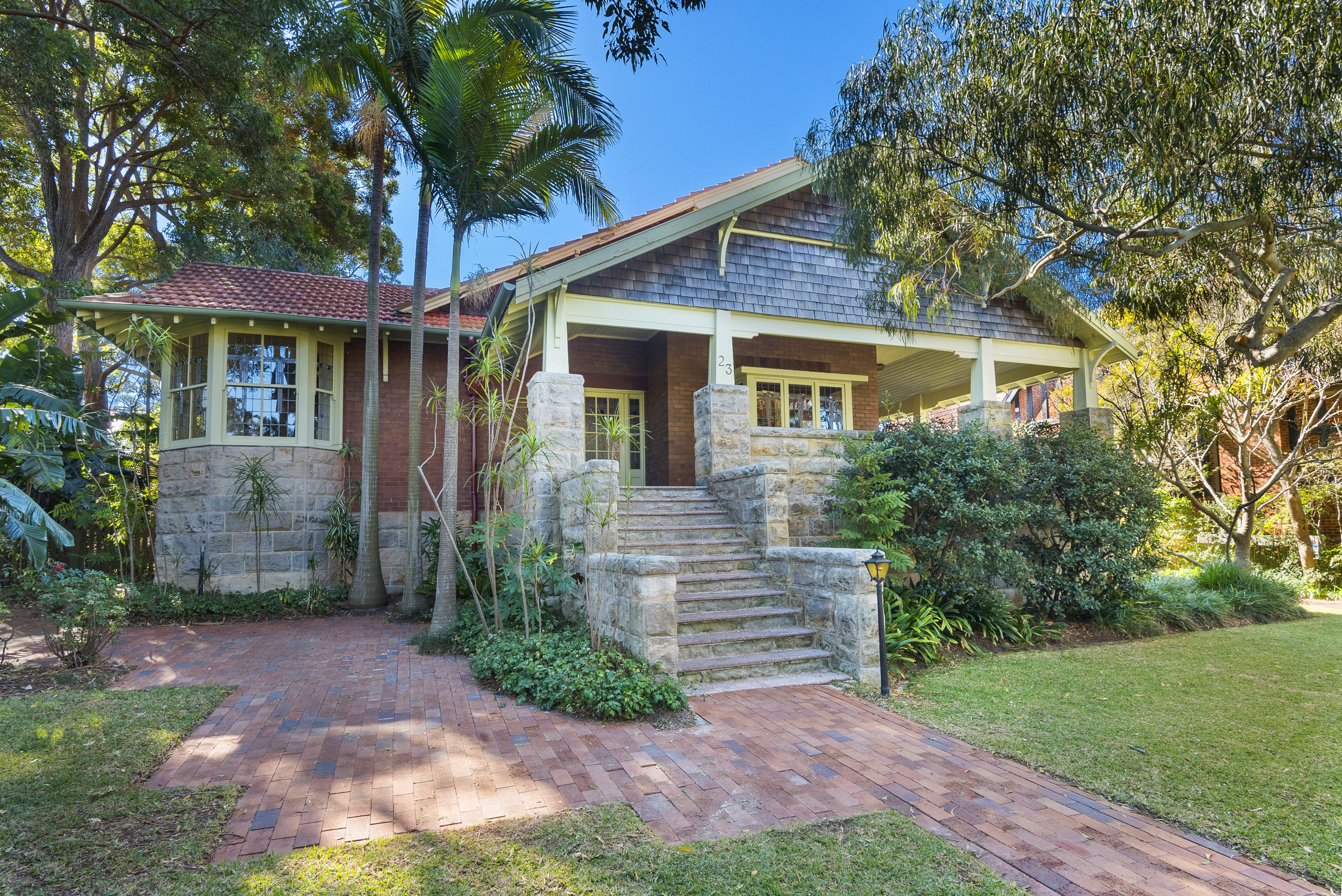 This classic Mosman residence is on the market for the first time in FOUR decades!