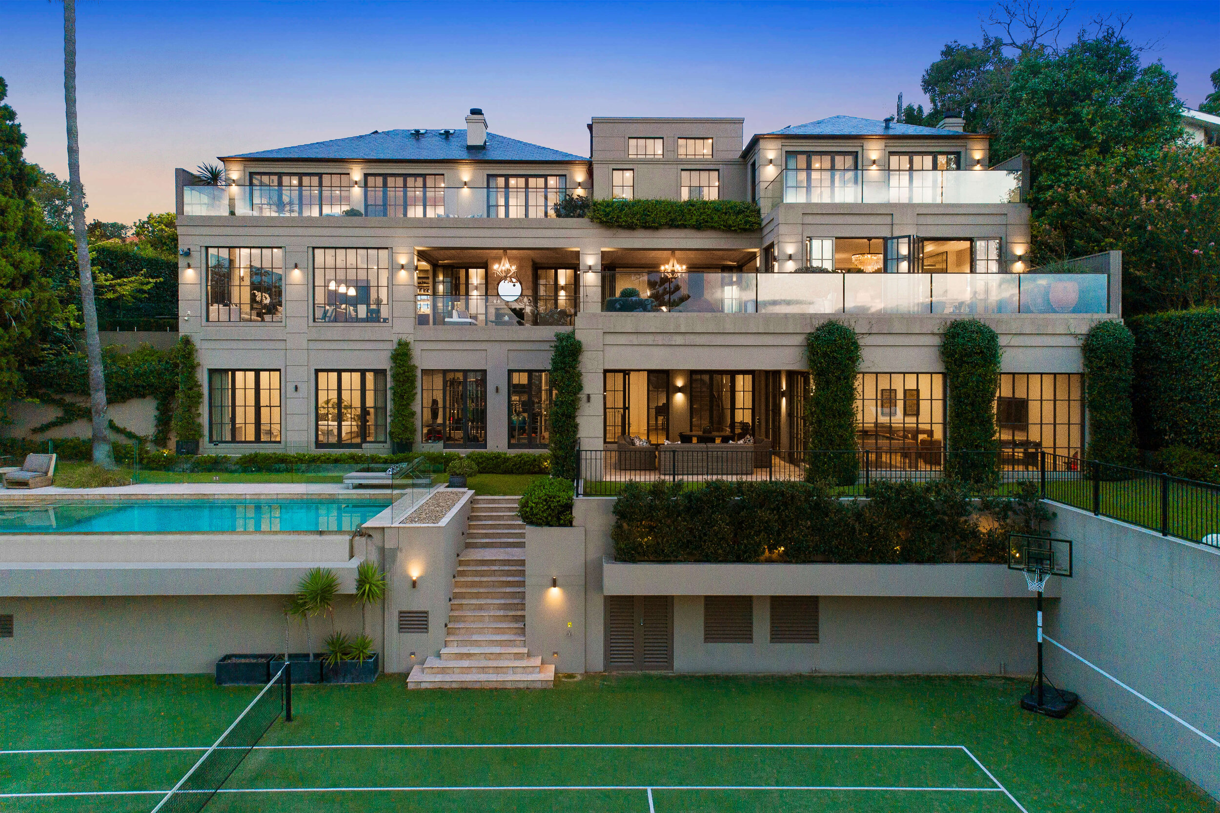 OMG: This is the mind blowing Mosman mansion with an eye-watering price tag of $25m!