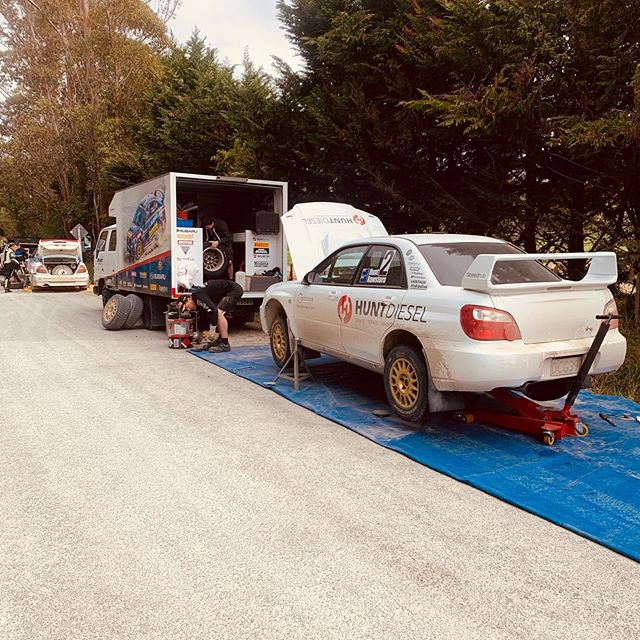 Service at Rally Paihia, White Pointers 👌🏻 on this North island roads! #Hydraulink #Motul #teamvantage #vantagenz #GullNZ #FuelYourMission #Wingers #Gullsports #HellaNz #SpeedHubMotorsport #HuntDiesel #Wurth #HitechMotorsport #sosrehydrate #nuzestnz  #hammerking #rubberdevelopments #pirelli  #pagid #racebrakes #paintlab #Hurleyarchitects #reiger #huntmotorsport  #benhuntmotorsport
