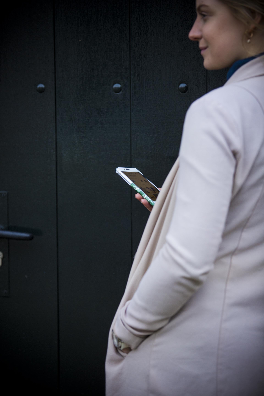 Rachel - Food Your Thought. Deze online cursus is gemakkelijk met je smartphone overal te volgen, waar je ook bent.
