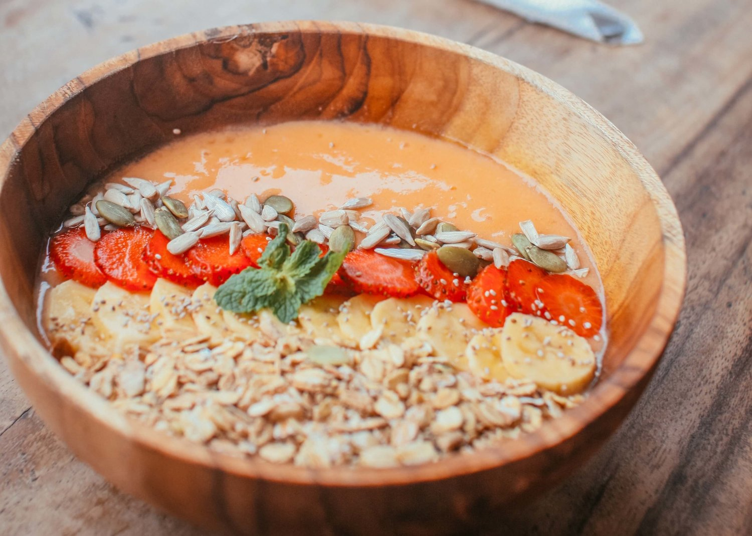 food-your-thouht-smoothiebowl.jpg