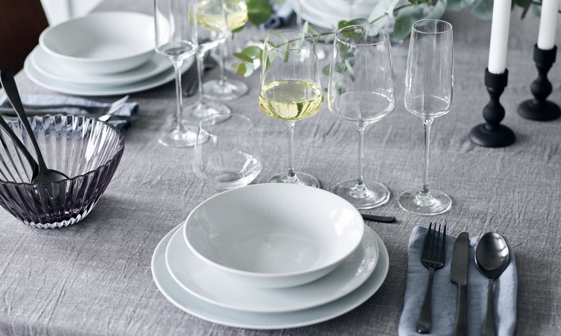 Carmen - With its beautiful and functional design, the Carmen glassis one of erik bagger a/s's best selling glass lines.