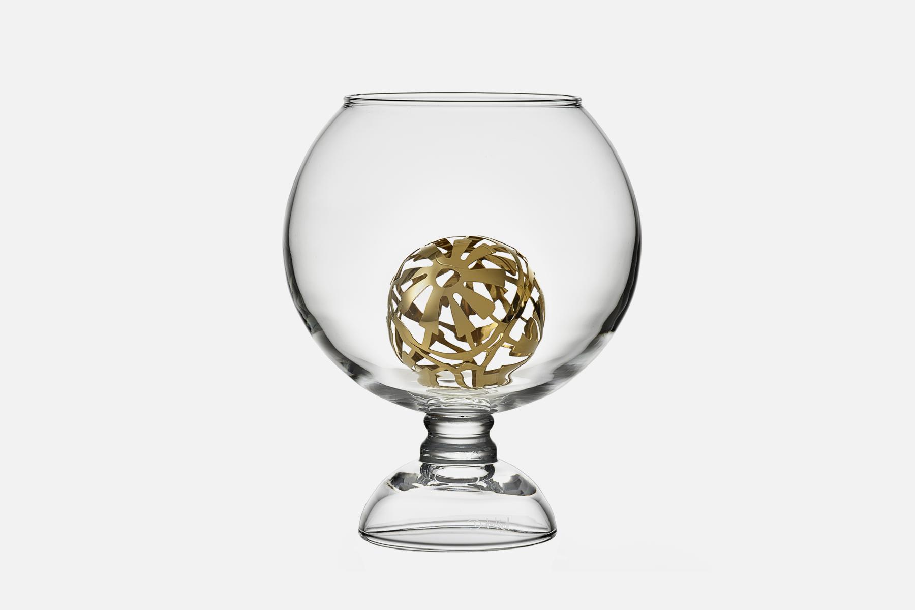 Lush & Lovely vase - 1 pcs, 23.5 cmGlass & steelDesign by Dorthe KvistArt. no.:90430