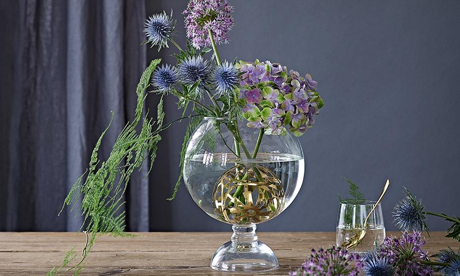 In Bloom –Lush & Lovely - Dorthe Kvist har designet Lush & Lovely vasen, der giver dig mulighed for at arrangere dine blomster præcis som du ønsker