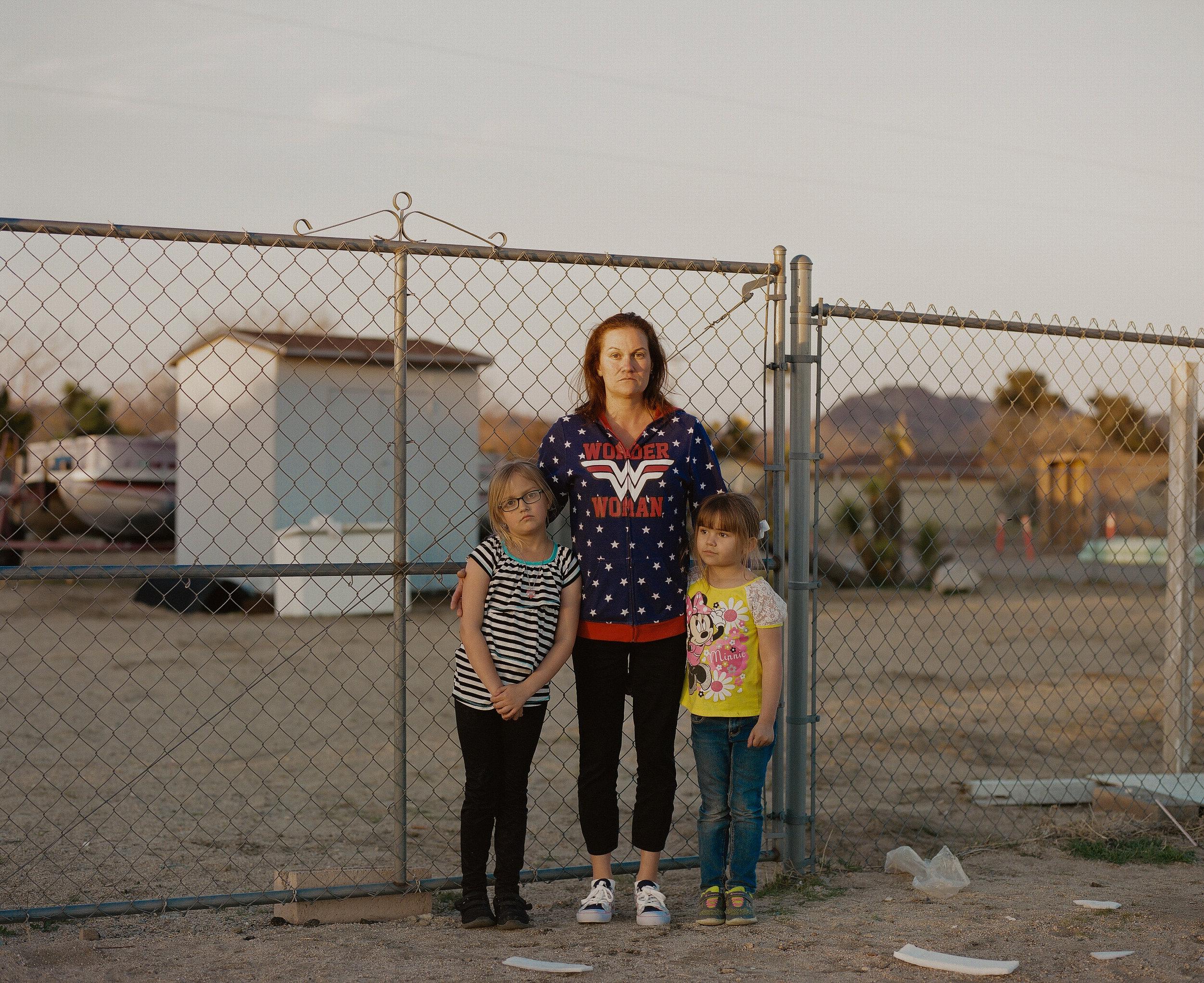 2_Kovi_Konowiecki_Angela and Daughters, Yucca Valley.jpg