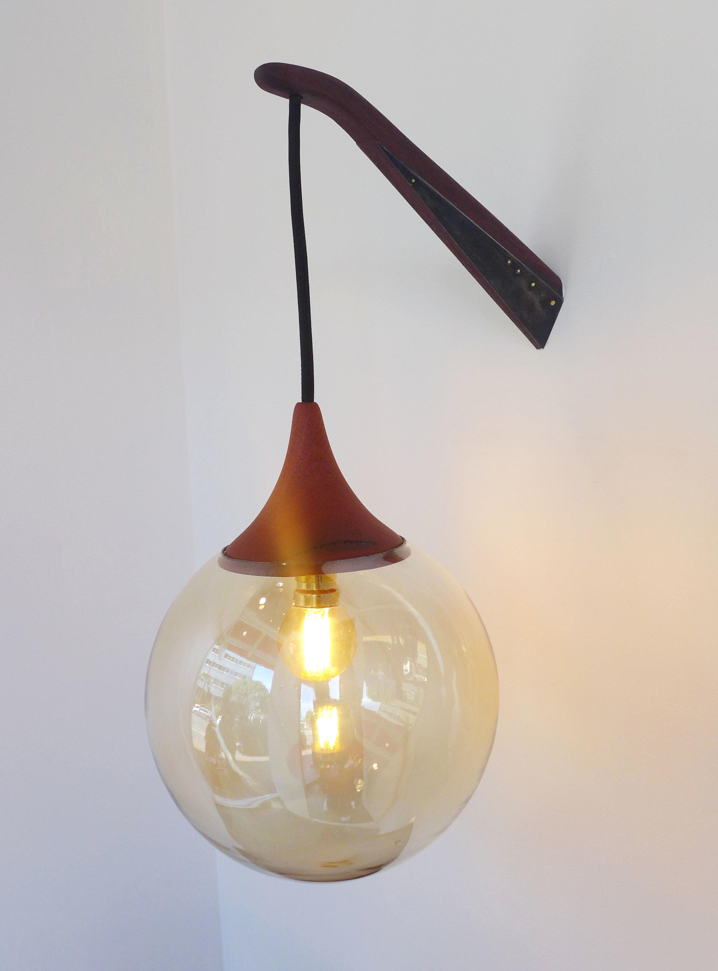 Illuminate_Bedsidelamp.jpg