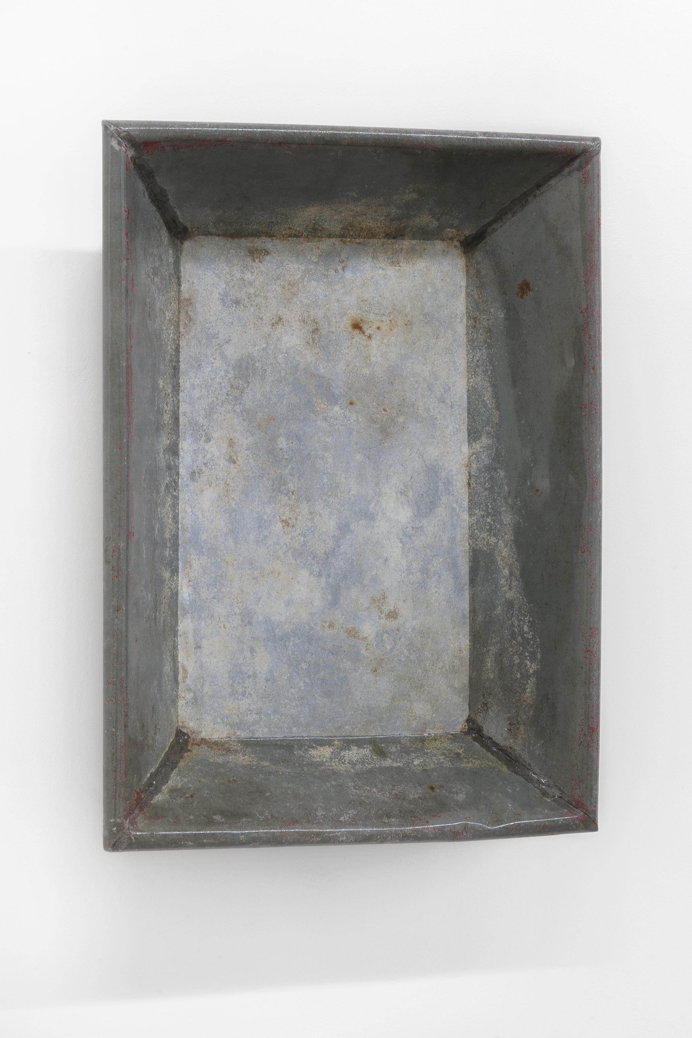 Stanislas Lahaut,  Etcetera , 2018, zinc and varnish, 56,5 x 41,5 x 9,5 cm