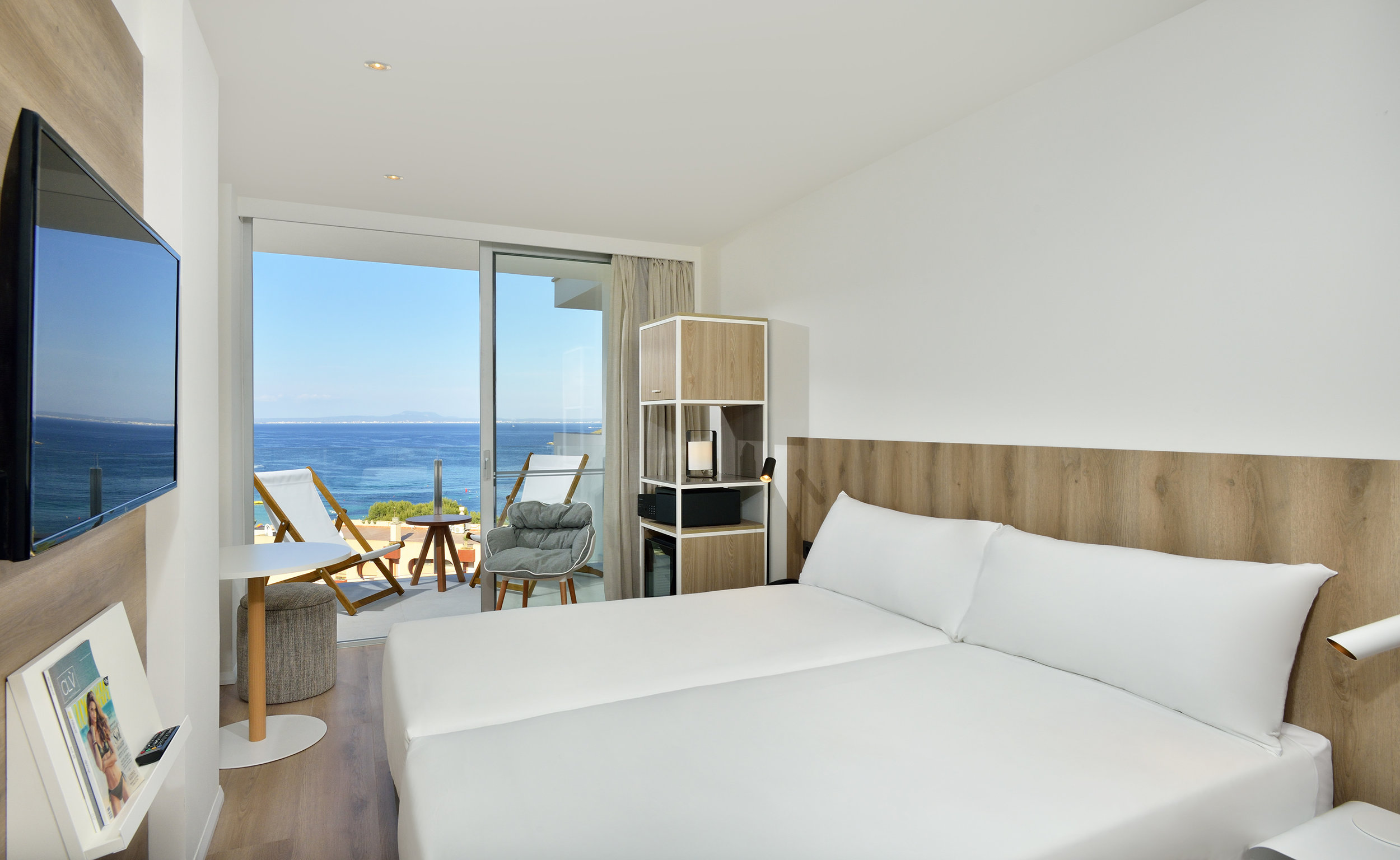 101aHotelCalviaBeachThePlaza-The_Plaza_Room_Sea_View.jpg