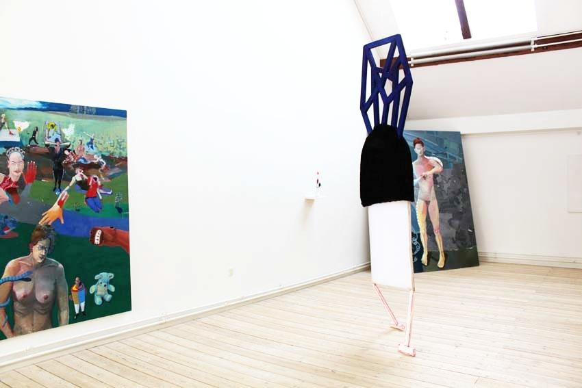 "Marie J. Engelsvold: Creature"" 303 x 83 x 8 cm. Wodden laths, textiles, Stuffed canvas objects, acrylic paint, foam. 2013.""Ping-pong"".PAKHUSgalleriet. 2014 Nykøbing Sj.Denmark."