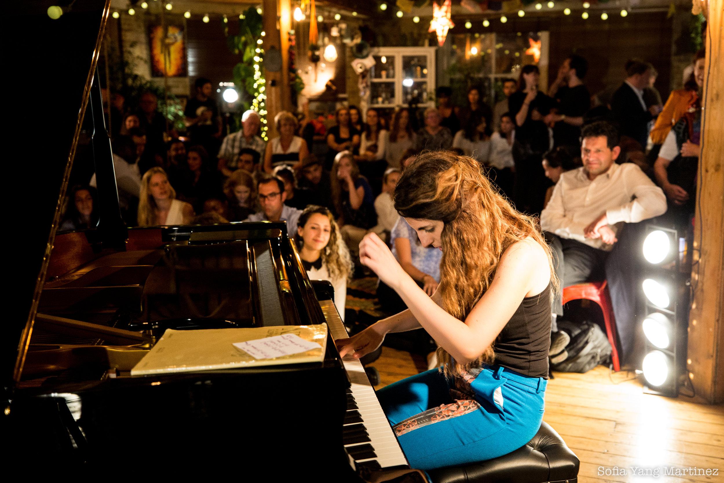AyseDeniz- Chaupin Affair Piano concert