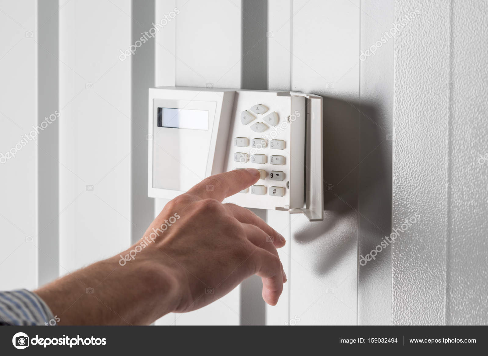 depositphotos_159032494-stock-photo-home-security-alarm.jpg