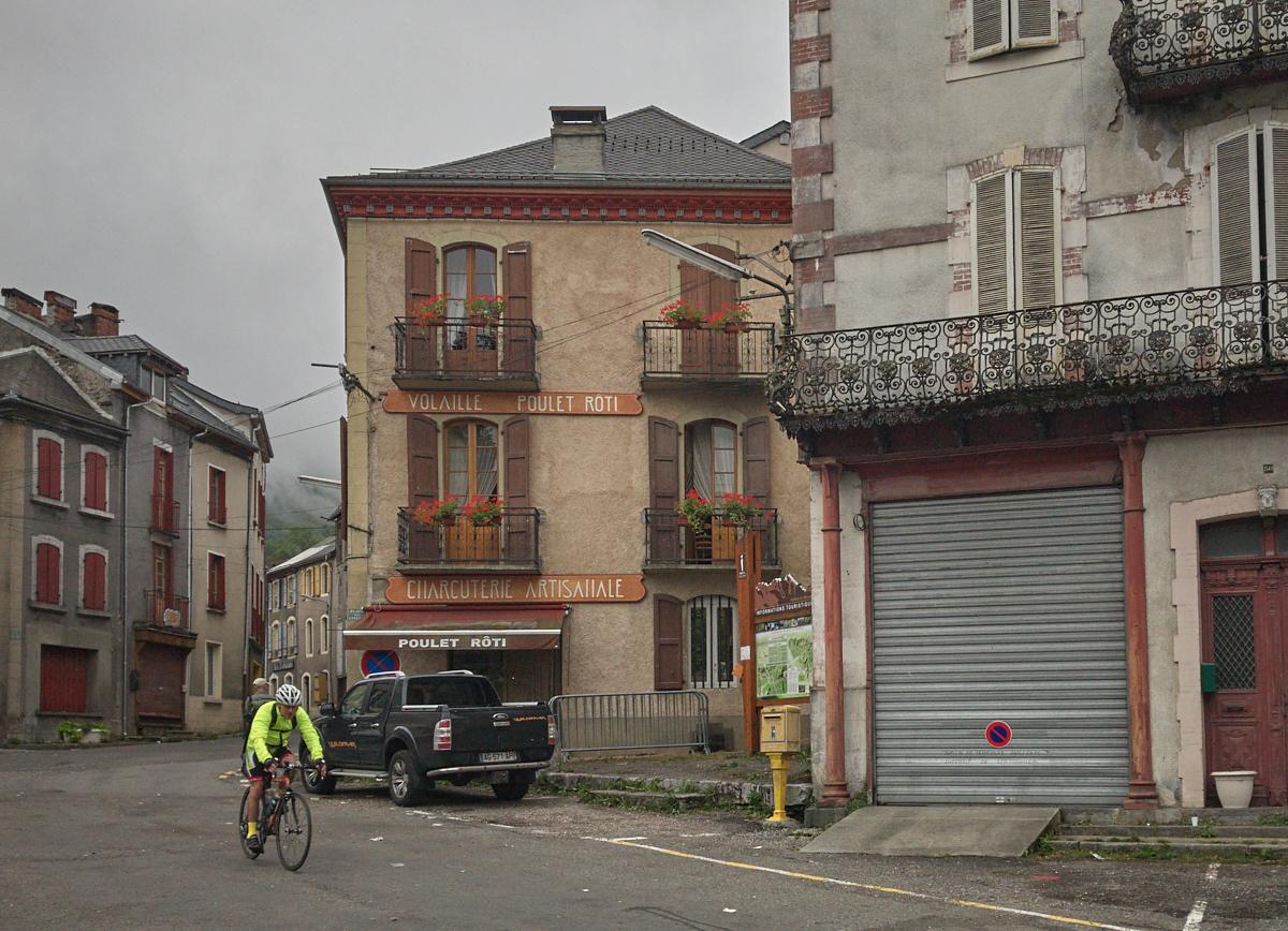 402_05_20170812_sy_pyrenees_73.jpg