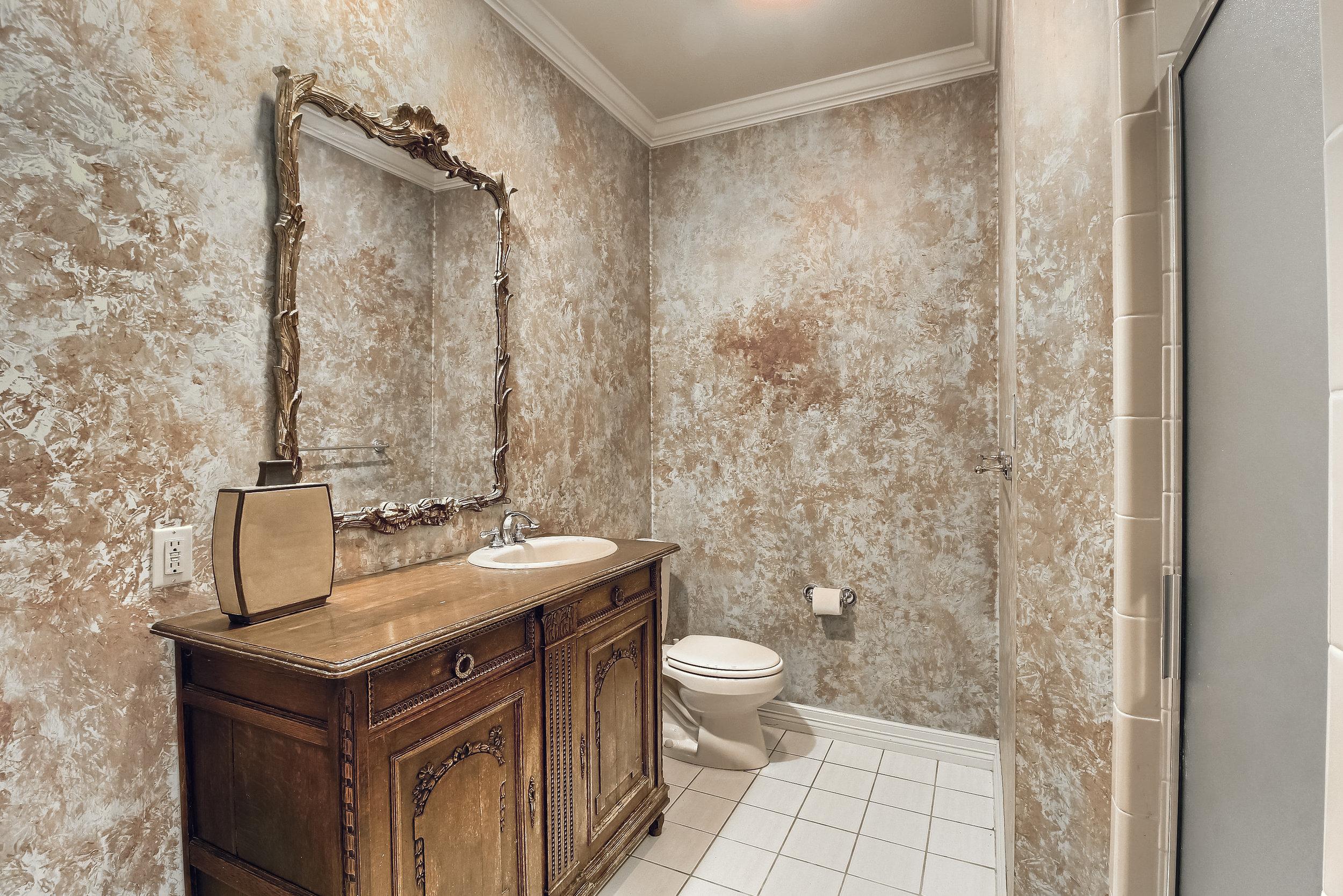 07_Bathroom_IMG_0767.JPG