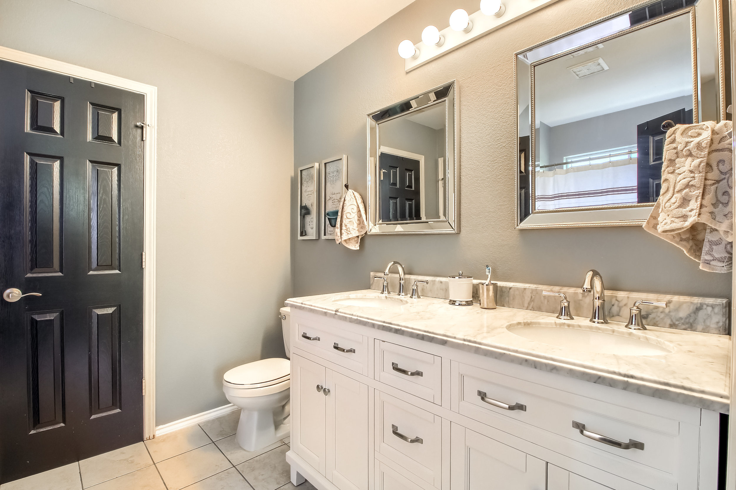 05_Master_Bathroom_IMG_2974.JPG
