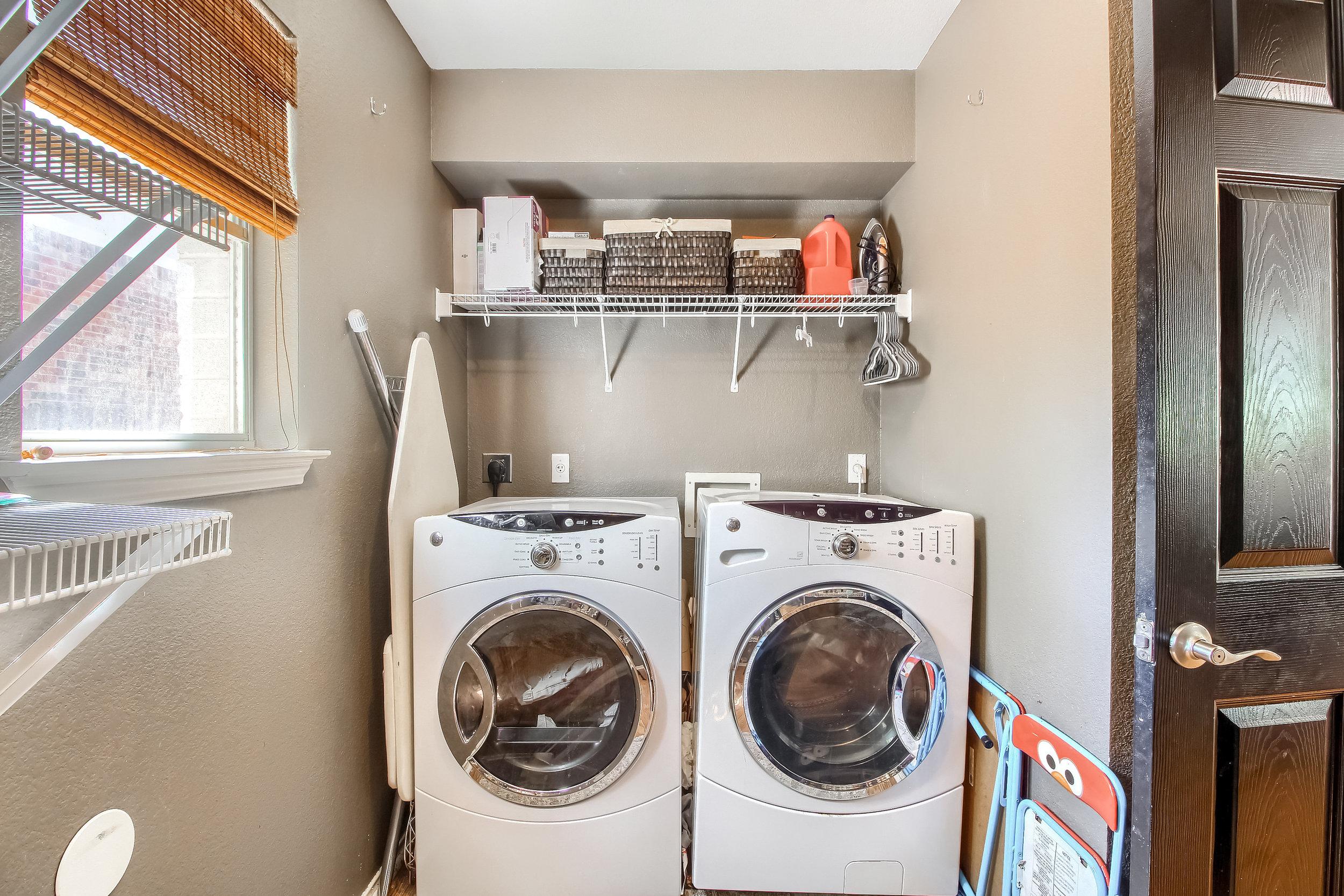 13_Laundry_Room_IMG_2724.JPG