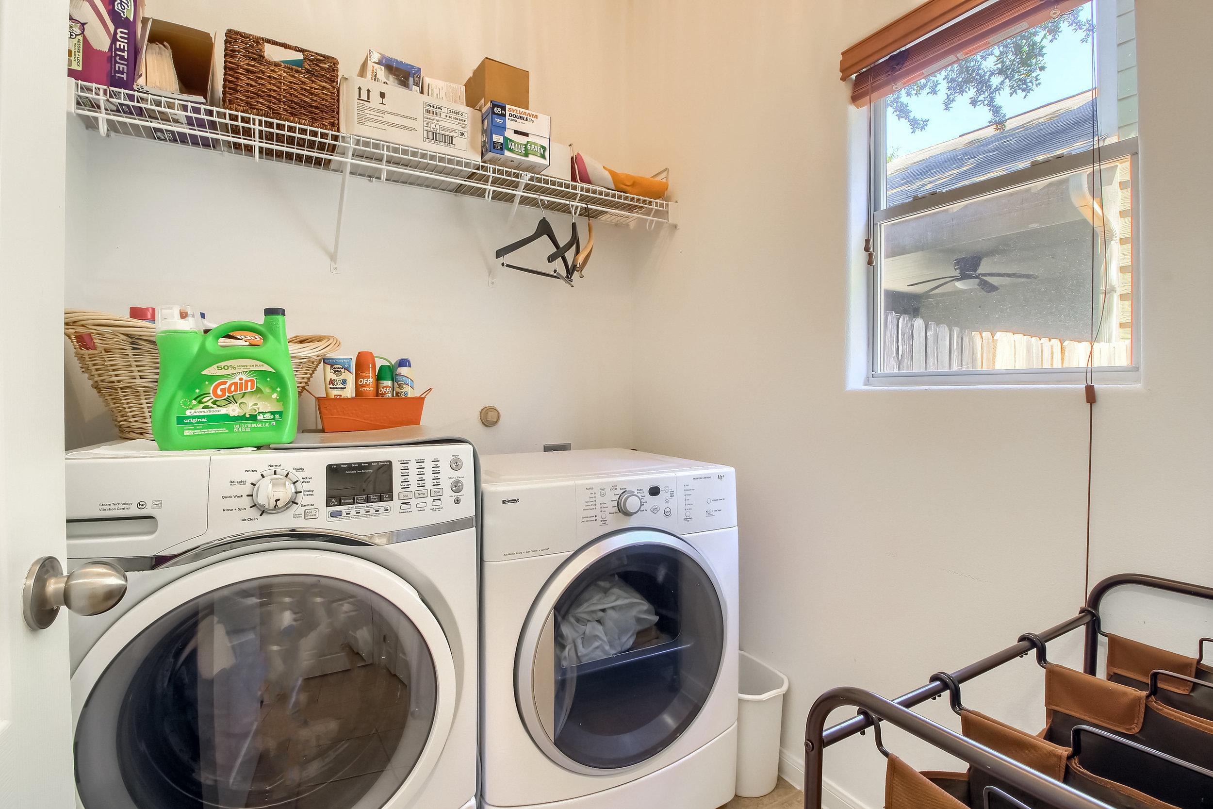 13_Laundry_Room_IMG_8848.JPG