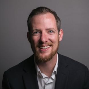 Jonathan Weiss Headshot 2018-8710-2.JPG