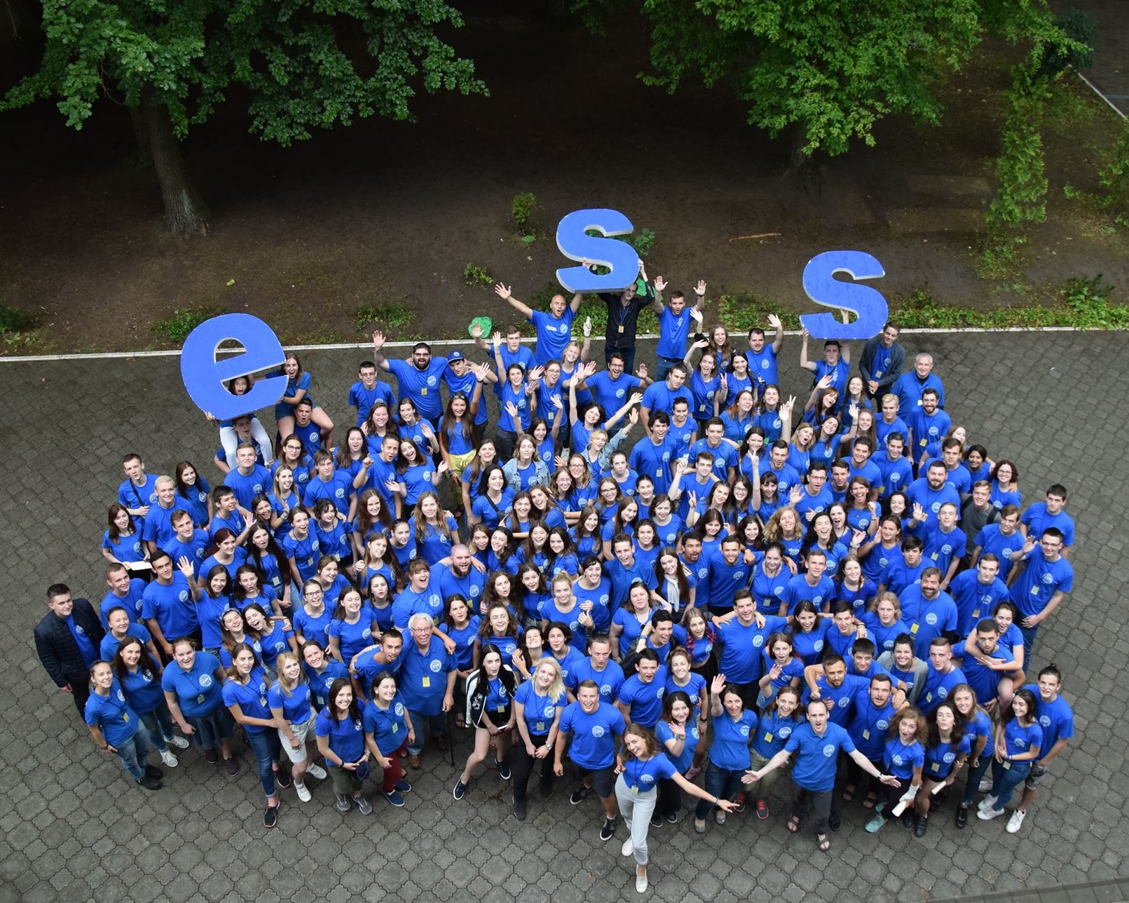 ESS2018GROUP.jpg
